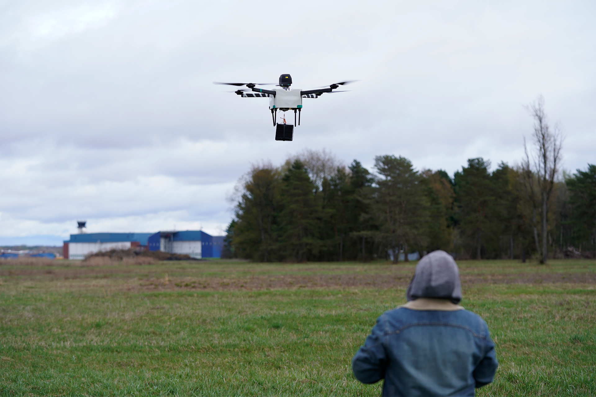 Horsefly Takes Off with AVSS Parachute at NY UAS Test Site